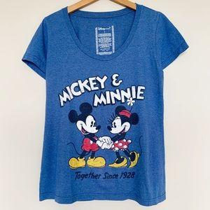 Disney Mickey and Minnie T-shirt Sz L